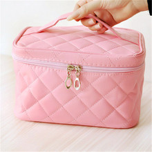 Female Quilted Professional Large-capacity Travel Organizer Package Cosmetic Bag Women's Zipper Makeup Bag Handbag Vanity Case