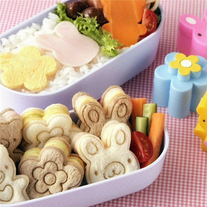 WHISM Plastic Sandwich Cutter DIY Oso Flor Conejo Forma Pan Tostado Galleta Pastel Galletas Cortador Hornear Fondant Molde Conformación