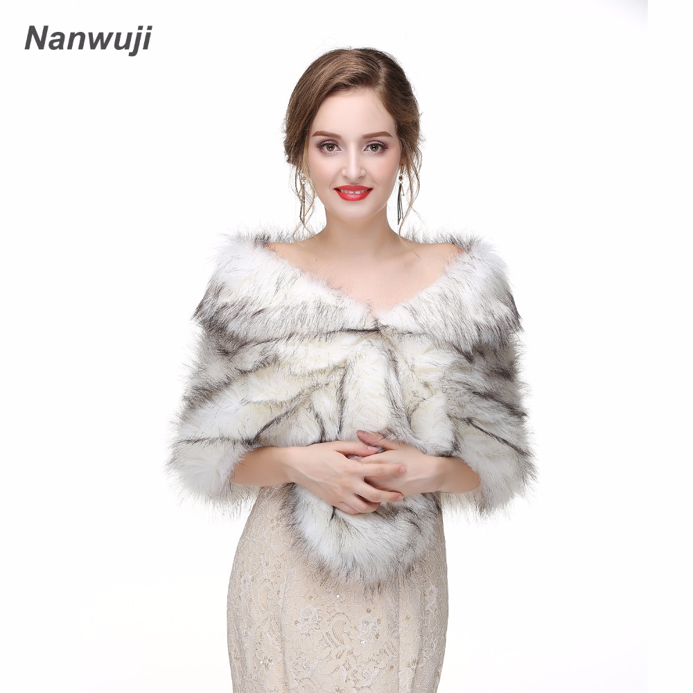 eeae99630f160f 2018 Winter Bridal Fur Wraps Wedding Bolero Jacket Cheap Bridal Shawl Capes  Plus Size Bolero Faux Fur Shawls Wedding Jakects