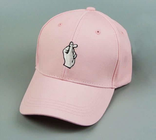 2018 nueva moda sombrero bordado gorras de béisbol para mujeres y hombres  algodón ocio Casual Fitness 3926a6d63bc
