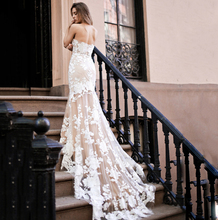 Champagne Lining White Lace Appliques Mermaid Sexy Backless Sweetheat Wedding Dress 2019 Bride Dress Court Train Wedding Gown