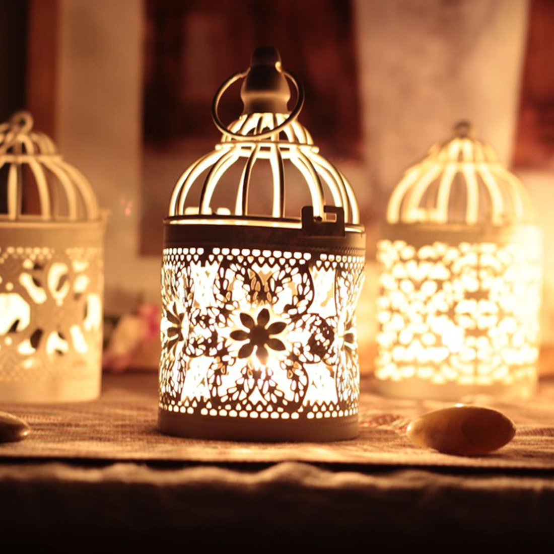 Hollow Candle Holder White Hanging Bird Cage Vintage Candlesticks Wedding Home Decoration Tealight Candlestick Lantern image