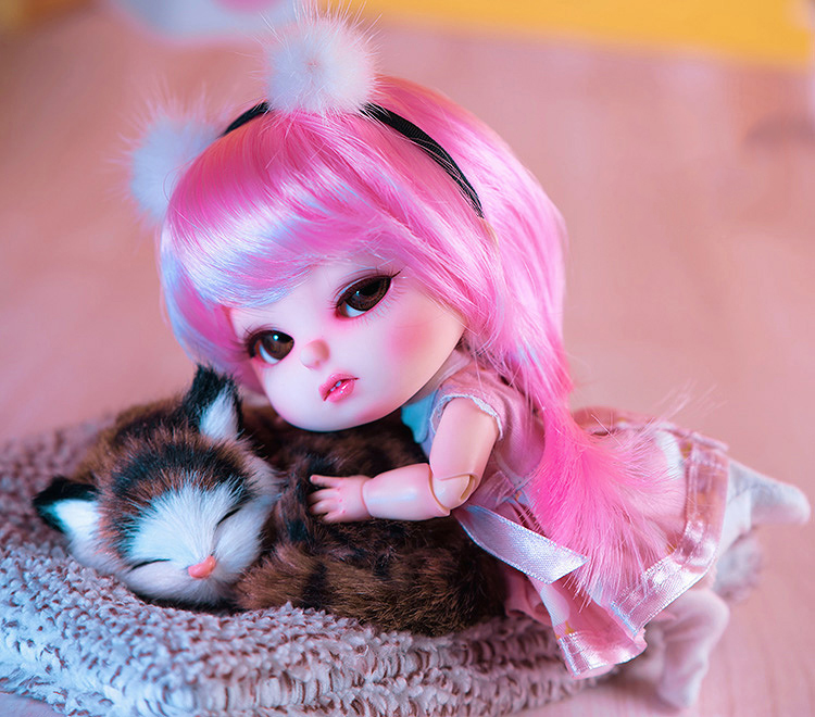 A pair of cat eggs one big and one small 1//8 BJD Doll Without Any Make Up White