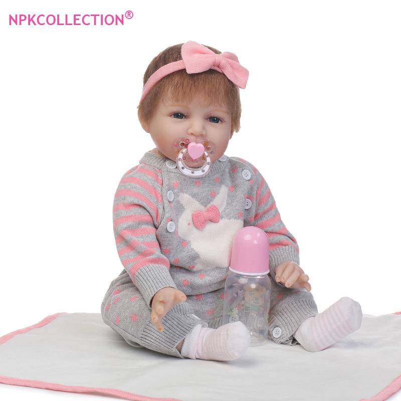 Handmade Bonecas Reborn Girl Doll with Sweater 55cm Lifelike Soft Silicone Bebe Reborn Dolls of High Grade Girl Birthday Gift handmade chinese ancient doll tang beauty princess pingyang 1 6 bjd dolls 12 jointed doll toy for girl christmas gift brinquedo