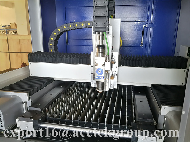 CNC laserová výroba 500w 1000w 2000w Chráněné mini laserové - Zařízení na obrábění dřeva - Fotografie 4