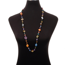 купить Wholesale Laxury Chic Long Colorful Shell Necklace Round Glass Beaded Crystal Natural Shell Ethnic Strand Necklace Women Jewelry по цене 784.83 рублей