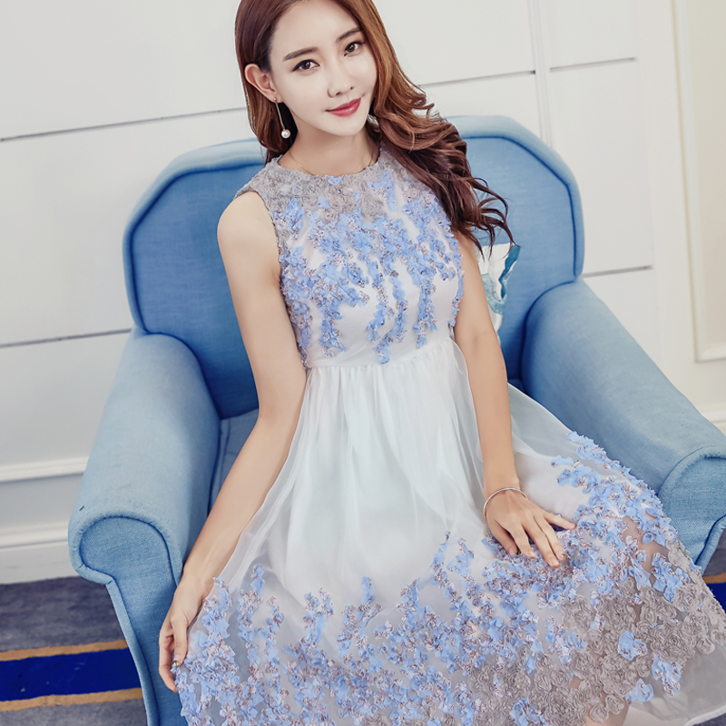 white dress with blue color flower Embroider befree clothes ukraine beach dress harajuku lace wedding vintage dress 2018 new