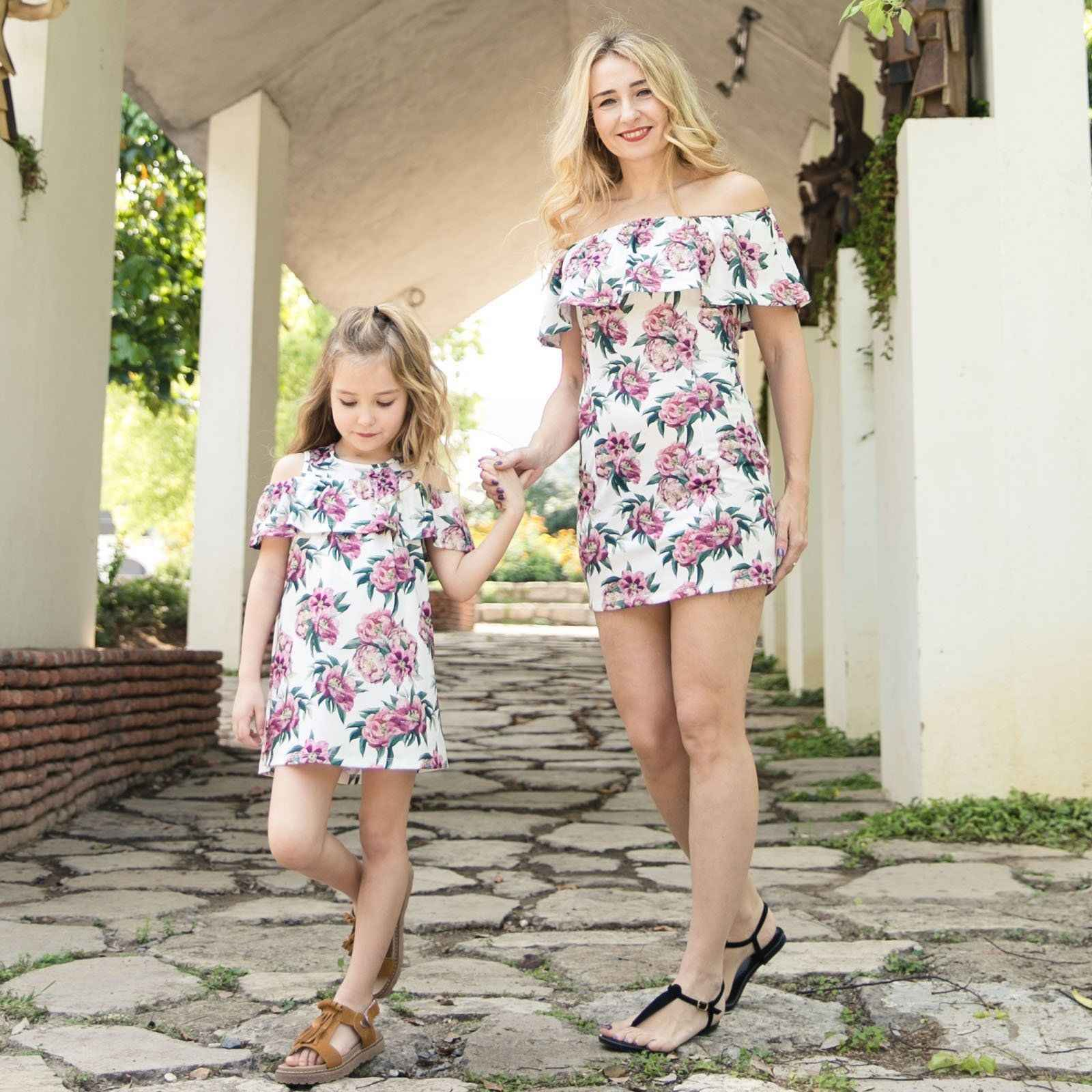 New Family Mother Daughter Summer Matching Flower Dress Womens Girls Party  Dress Off Shoulder Ruffled Sundress 7e7b74aceb67