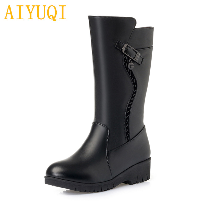2018 new women boots genuine leather snow boots,big size 41 42 43 flat women winter boots,thick wool warm women motorcycle boots