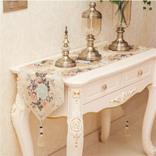 European Damask Embroidery Luxury Dining Table Runner Mats Desk Flag TV Cabinet Tablecloth Christmas Wedding Decoration Placemat