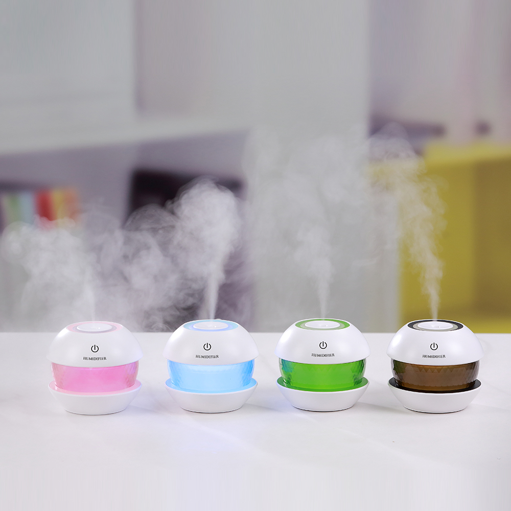 Mini USB Air Humidifier Aroma Diffuser with LED Light Diffuser Air Humidifier Small Air Conditioning Appliances for Home Office