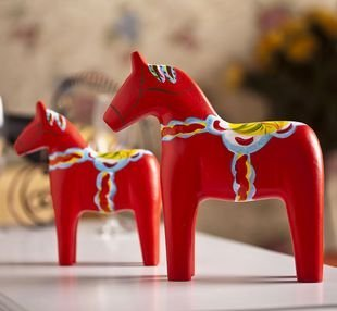 Sweden Style Red Wooden Horse Handmade Wooden Craft Wedding Or