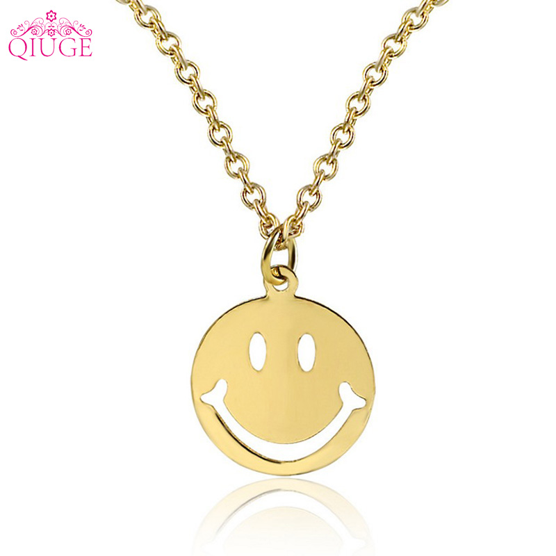 2018 Hot Sell Simple Design Smiley Face Pendant Silver Gold Chain Smile Necklaces Cute Expression Clavicle Necklace Women Gift