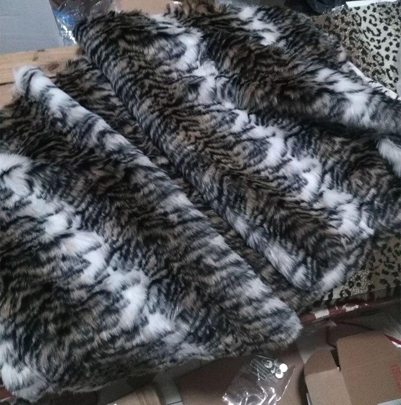 En gros qualité feutrine, 2 cm Tigre impression en peluche en fausse fourrure tissu, tapis matériel, 1 cour/lot