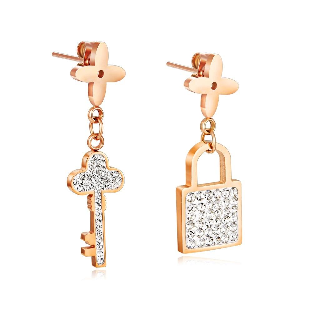 KöStlich Neue Mode Rose Gold Edelstahl Ohrringe Asymmetrie Quaste Schlüssel & Lock Mosaik Zirkon Frauen Ohr Schmuck Geschenk Ez039