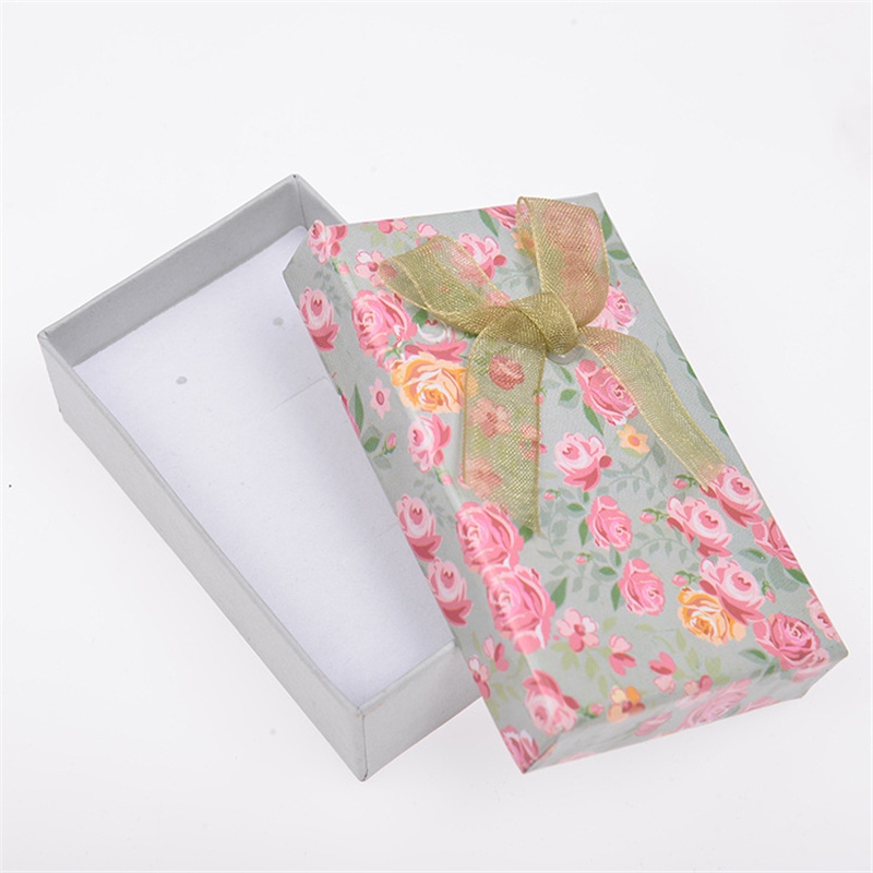 DoreenBeads 8*5cm Paper Jewelry Box Necklace Bracelet Earrings Rose Flower Pattern Bowknot Gift Packing Display Wholesale 1 PC