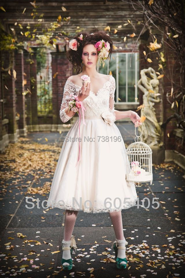 Hot-Sale-Long-Sleeve-Lace-Short-White-Wedding-Dresses-2014-vestidos-de-fiesta-Handmade-Flower-Bridal (1).jpg