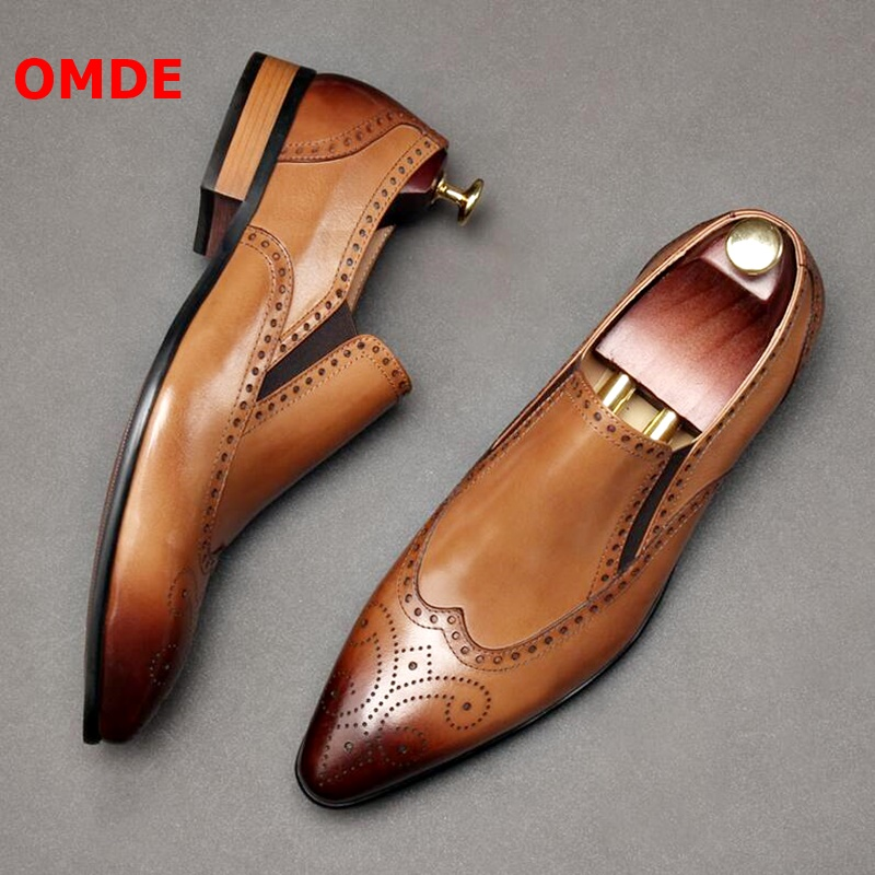 OMDE Luxury Genuine Leather Loafer Breathable Brogue Carving Pointed Toe Men Loafers Slip On Mens Dress Shoes Wedding Shoes
