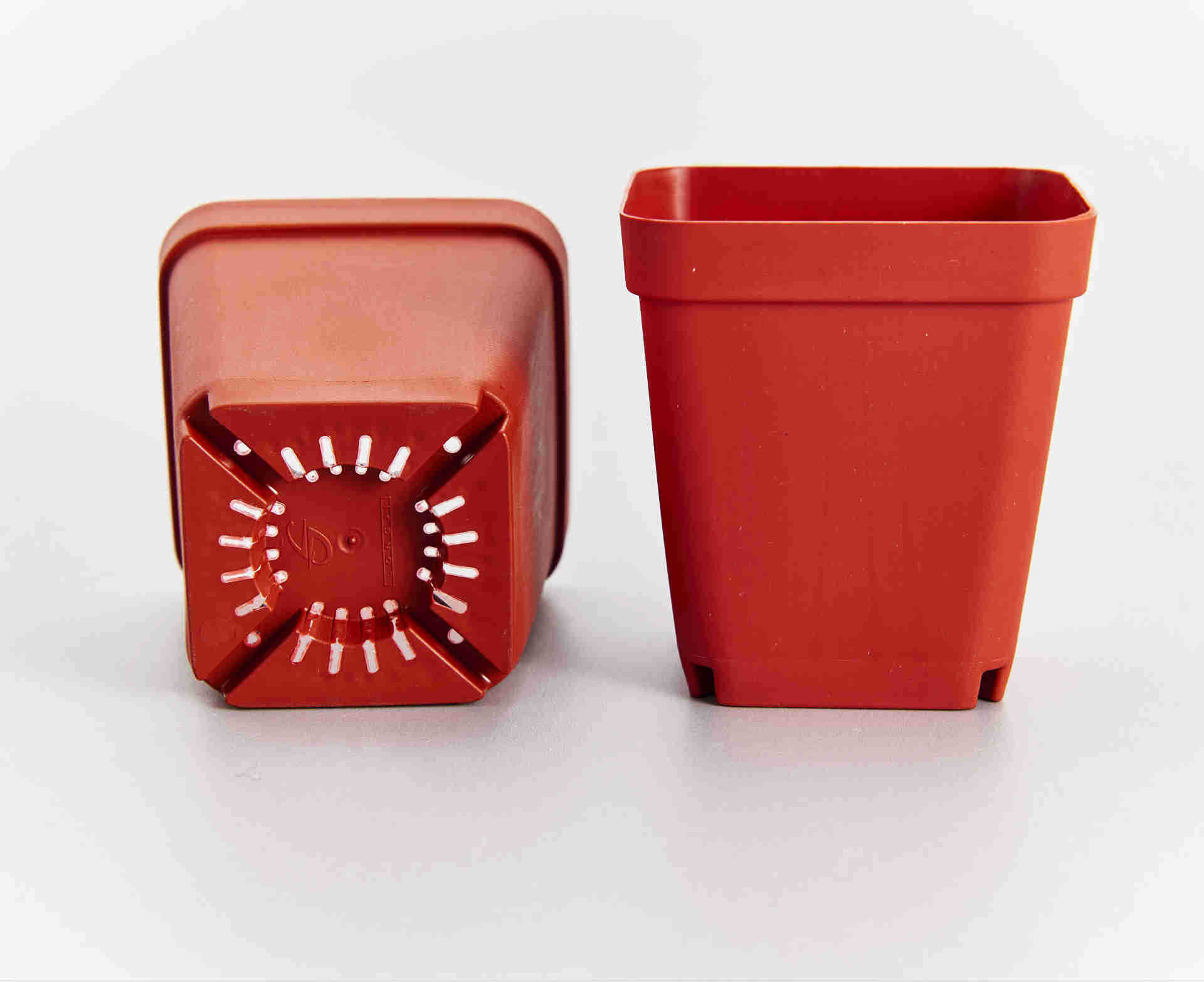 Mini Plant Pots Bulk Wholesale Small Square Pp Plastic Nursery Flower Plant Pot