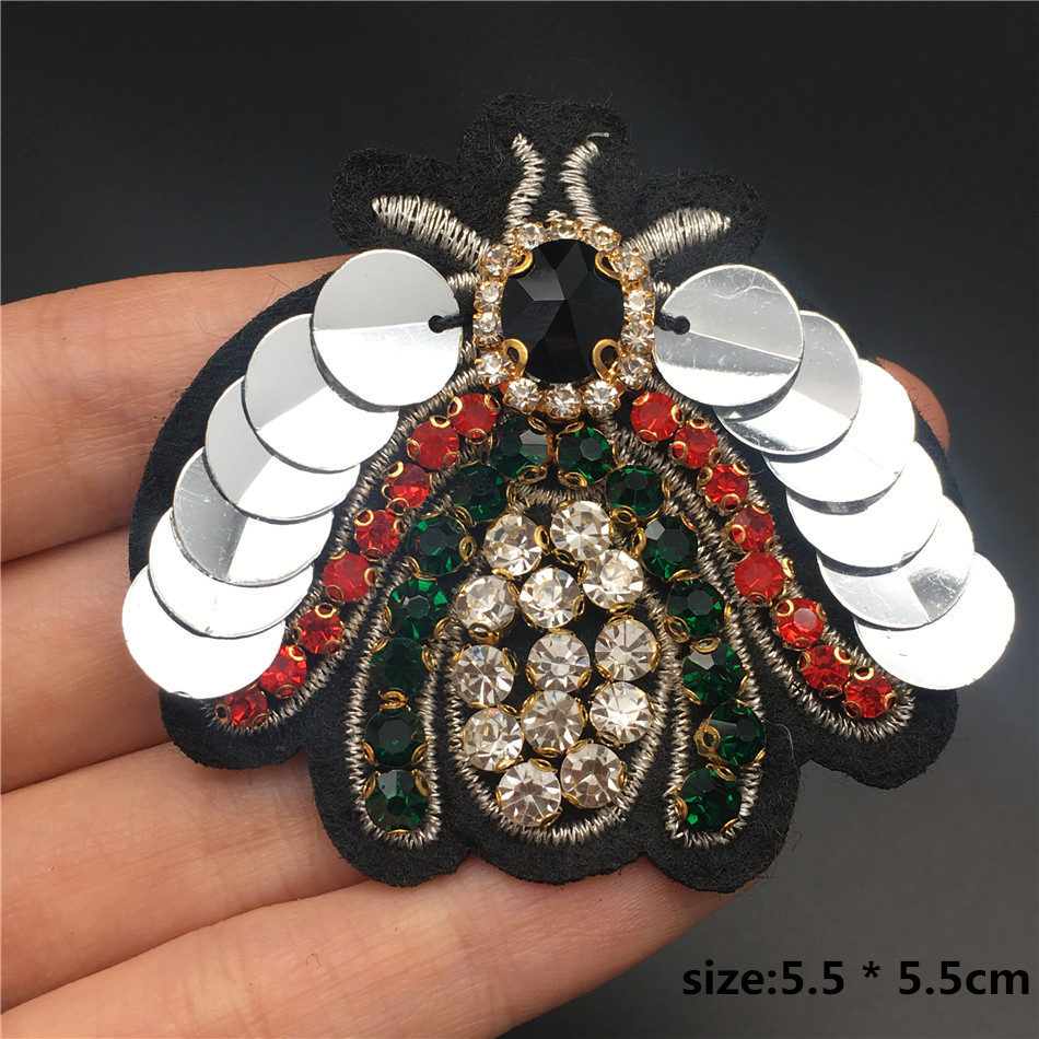HTB1ILLDXdfvK1RjSszhq6AcGFXaU Handmade Rhinestone beaded&sequin Patches, BEES COOL FASHION Sew on Crystal pearl patch for clothes beaded Applique cute patch