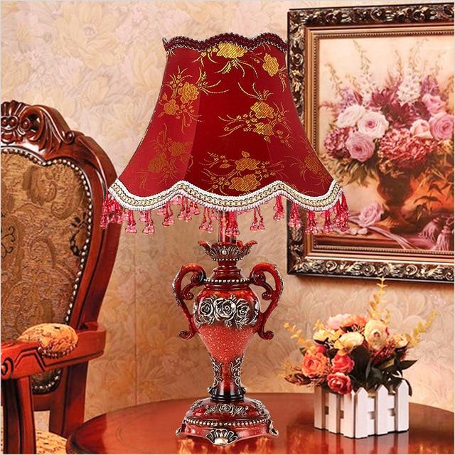 Haut de gamme de style Européen lampe de table lampe de bureau salon ...