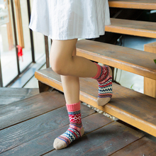 Womens autumn and winter explosion models in tube socks wool Warm Thick socks. 5Pairs