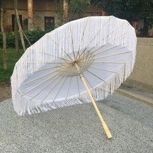 Image 4 - Sombrilla de seda china de Anime para mujer, accesorios de fotografía, paraguas de borlas de baile antiguo, sombrilla transparente de papel japonés para boda