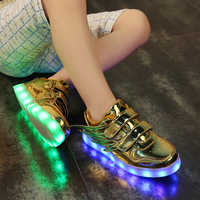 2017 new children's shoes low to help light shoes wings USB charging light-emitting shoes LED colorful flash casual shoes
