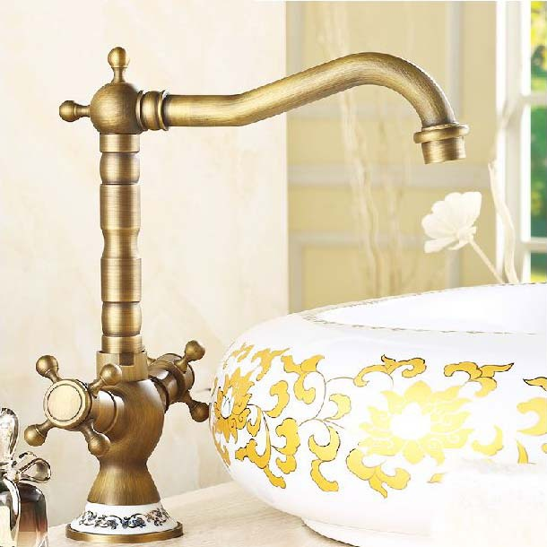 Basin Faucets Antique Dual Handle Kitchen Sink Taps Classic Ceramic Decorative Swivel Brass Vanity Bathroom Sink