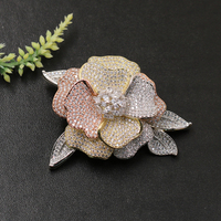 Lanyika Fashion Jewelry Trendy Blooming Flower with Leaf Brooch Pendant Dual Use for Engagement Banquet Luxury Bridal Best Gift