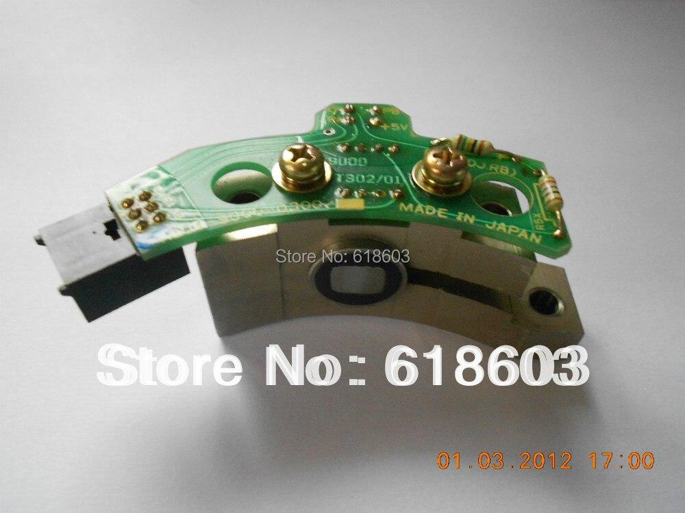 все цены на  form working machine tool spindle motor pulse encoder CNC Fanuc sensor A20b-9000-0300  онлайн