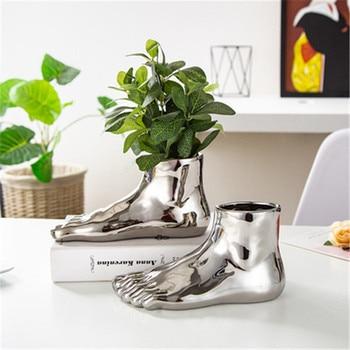 Scandinavian Human Foot Vase Gold Sliver Bionic Limb Decorative Pot Modern Creative Flower Arrangement Art for Home Decor X2102
