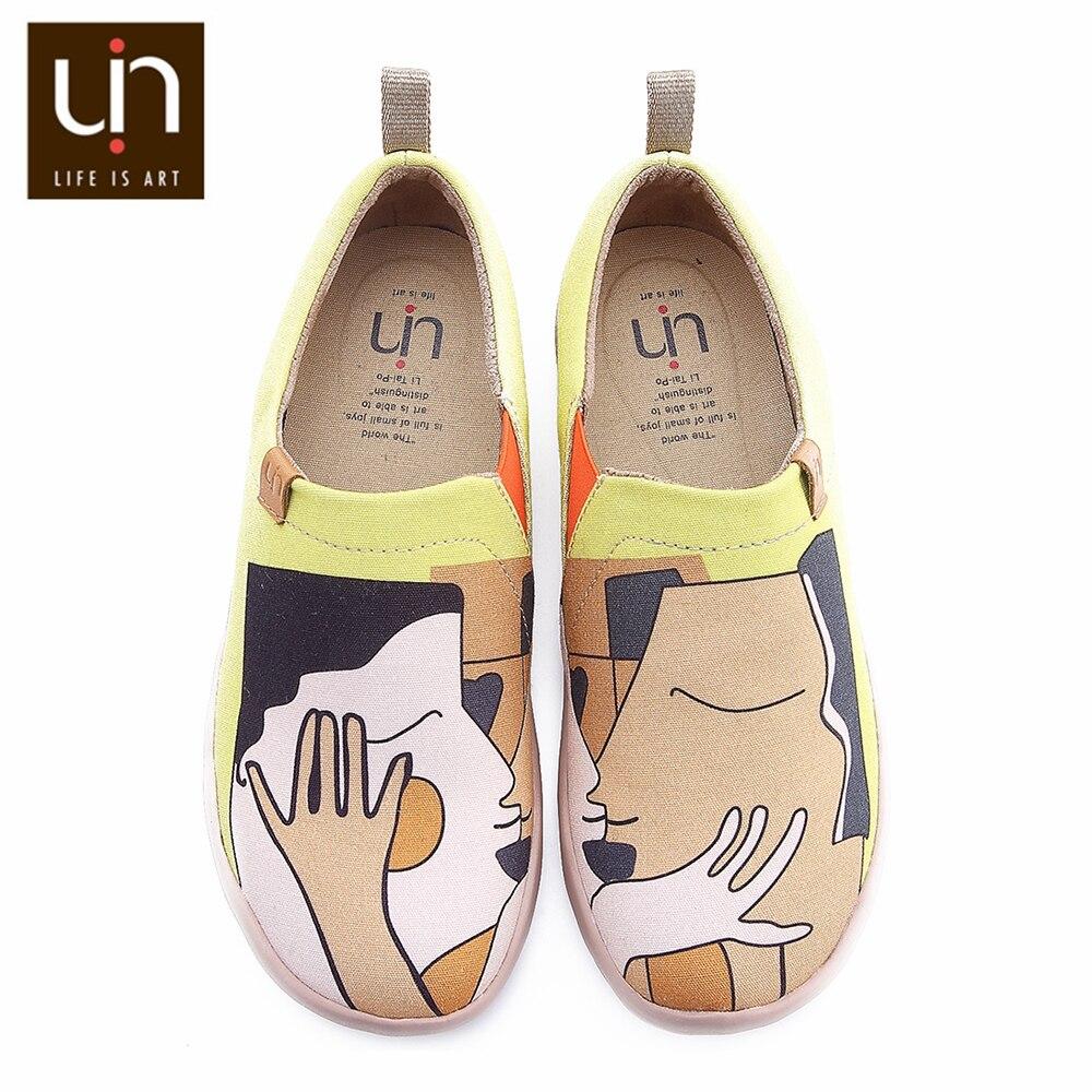 UIN Kus Ontwerp handgeschilderde Vrouwen Mode Loafers Brede Voeten Canvas Schoenen Dames Casual Sneaker Lichtgewicht Comfort Casual Schoenen-in Platte damesschoenen van Schoenen op  Groep 1
