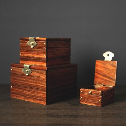 купить Super Locked Boxs - Professional (ROSEWOOD EDITION) Magic Tricks Magician Stage Gimmick Borrow Object Appearing in Box Magie по цене 11015.6 рублей
