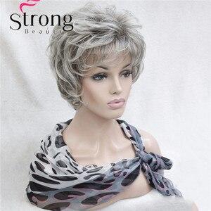 Image 4 - StrongBeauty Kısa Katmanlı Gümüş gri Ombre Tam Sentetik Peruk kadın Peruk RENK SEÇENEKLERI