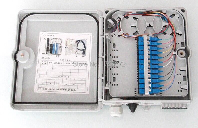 Boîte de Distribution de Fiber optique FTTH boîte de terminaison FTTH 12 noyaux avec adaptateur 12 pièces et tresses