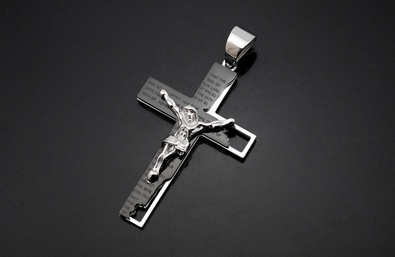 black-and-silver-stainless-steel-cross-pendant-necklace-2