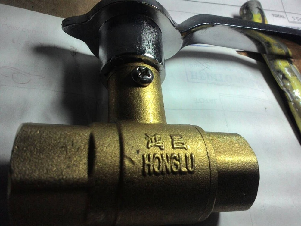 1Pcs Refined Copper Sturdy Brass Ball Valve 1/2 Size Female female to female f f 1 2 pt threaded yellow lever handle brass ball valve