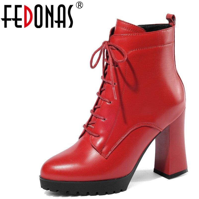 FEDONAS 1 moda kobiety botki prawdziwej skóry jesień zima ciepłe wysokie obcasy buty krzyż wiązanej platformy wysokiej jakości buty kobieta w Buty do kostki od Buty na  Grupa 1