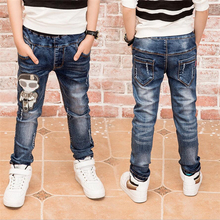 Fashion boys denims with spring autumn Jeans boys for age, Boy embroidered denims. for age 2 Three four 5 6 7 eight 9 11 12 13 14 years outdated.