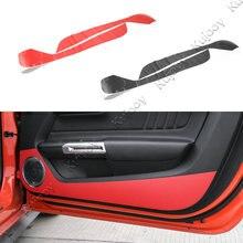 Пара красные, черные углерода Волокно двери Анти Удар Стикеры гвардии Накладка для Ford Mustang 2015 2016 автомобилей Стайлинг Салонные аксессуары