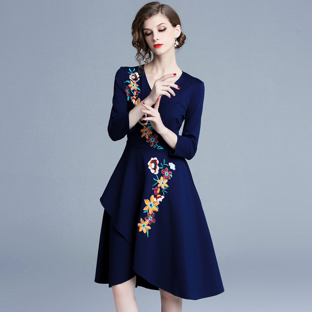 Spring Princess Blue Floral Embroidered Dress Ropa Mujer Verano 2019 Christmas Elegant Women Midi Party Dress Robe Femme