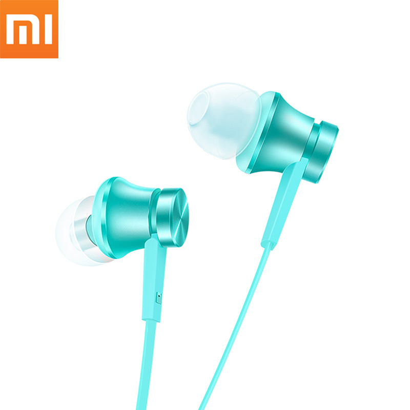 Xiaomi Piston Earphone Basic Version In-ear Earbuds Wired Earphones With Mic Stereo Auriculares Mi Fone De Ouvido For Phones sfa08 new earphone wired in ear stereo metal headset piston earbuds universal for xiaomi iphone 7 sony samsung xiaomi s4 s6 mp3