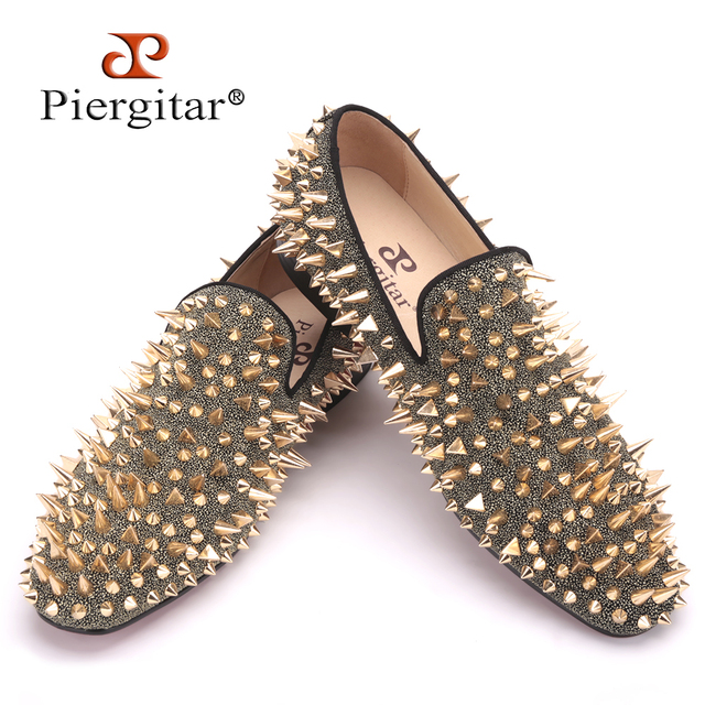 Piergitar new Two color Handmade men party and prom shoes Fashion Rivet shoes Plus size smoking slippers men flats men's loafers