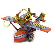 Creative Vintage Wind Up Tin Toy Plane Model Child Clockwork Spring Locomotive Classic Toys Retro Reminiscence Kids Gift Pendant