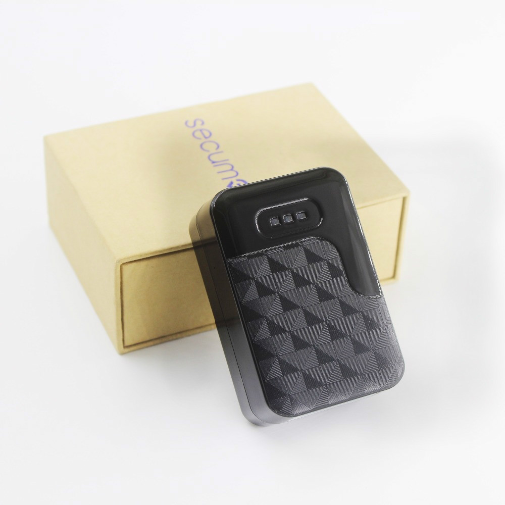 Car GPS Tracker G200 Super Magnet Vehicle Tracker Locator Tracking Device GPRS Non- installation GPS built-in GSM /GPS antenna