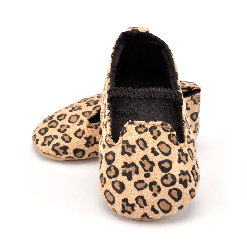 Newborn Shoes Girl Canvas Baby Moccasins Infant Leopard Soft Sole Non-slip Footwear Crib Shoes First Walkers 0-18 Months