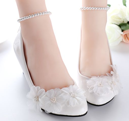 White wedding shoes for women beading pearls ankle straps bracelet female  ladies bridal pumps shoes handmade party shoe a620af51d97e