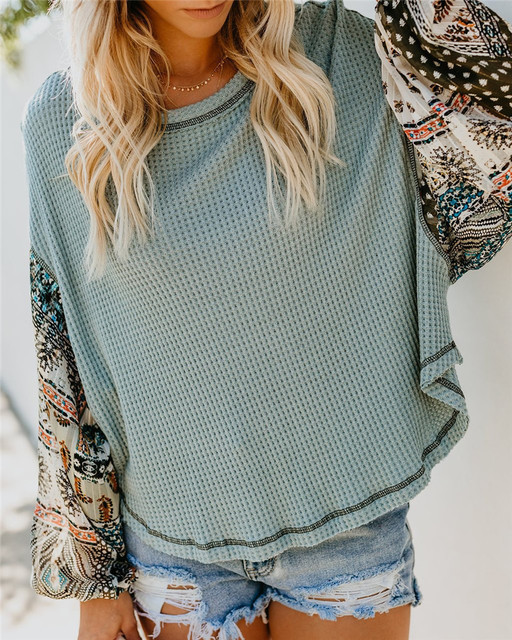 Round Neck Bohemian Pullover Knitted Sweater