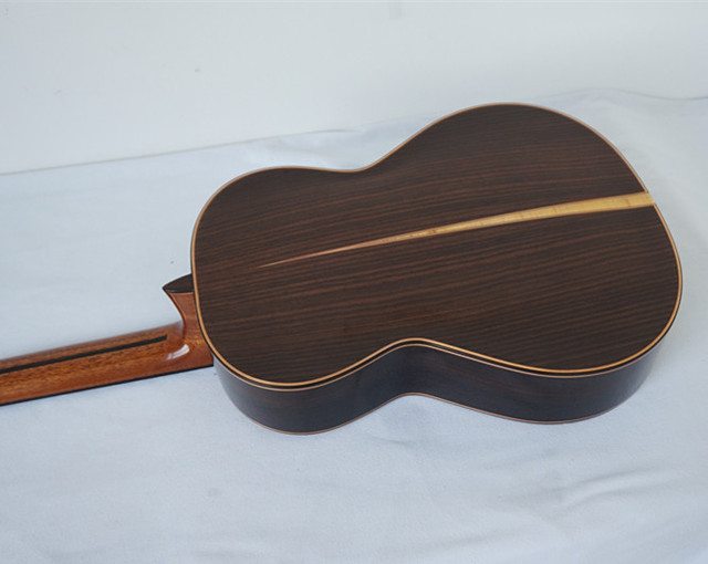 Aiersi Yulong Guo Professional Chamber Nomex Double Top Classical Guitar Model  GC02A 3